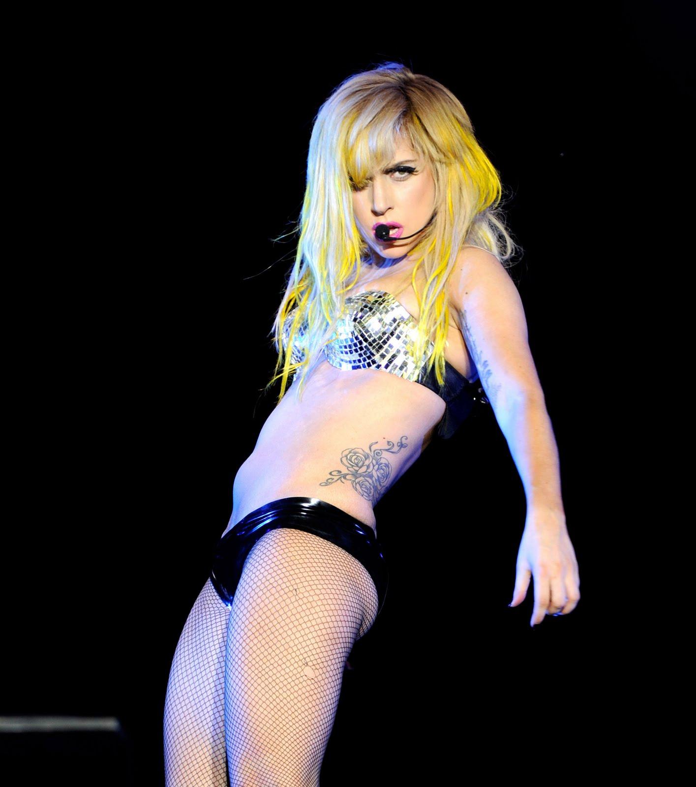 Lady Gaga Bio,Lady Gaga Phenomenon,Lady GaGa,Celebrity Styles