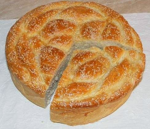 paine, paine impletita, colac, colac impletit, colaci, colaci impletiti, paini, colac de paine, paine rotunda impletita, paine impletita de casa, paine impletita cu susan, reteta paine, retete colaci, colaci reteta, paine de casa, retete culinare, aluat paine, paine impletita cu susan, colac parastas, panificatie, patiserie,