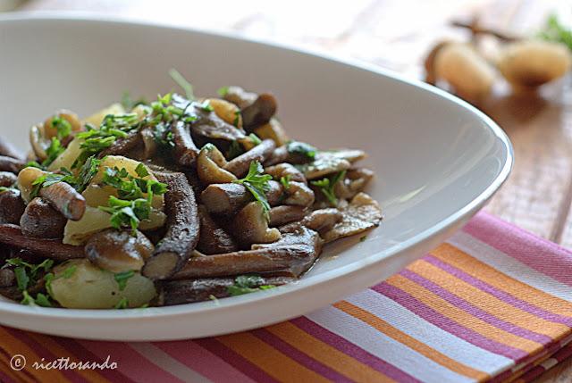 ricetta di Chiodini trifolati con patate