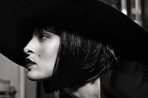 Eva Mendes Hollywood actress photo shoot