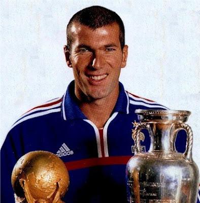 Zinedine Zidane Gelandang Serang Terbaik Sepanjang Masa
