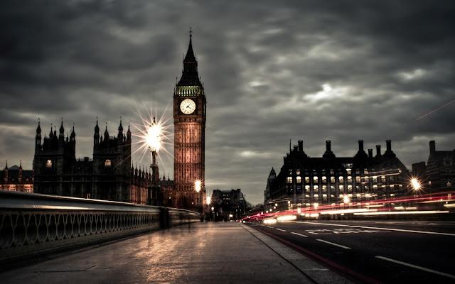 Imagenes del Palacio de Westminster y el Big Ben de la Ciudad Londres en la Noche