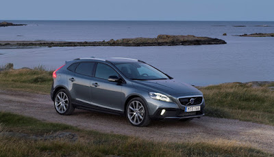 Νέο Volvo V40 και V40 Cross Country