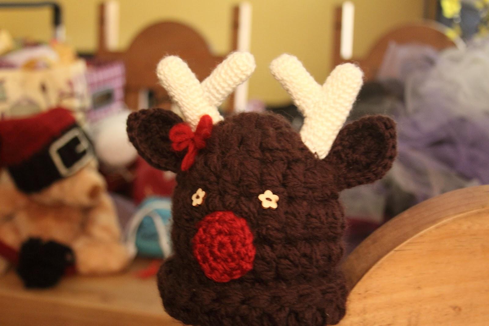 Random Tangles: Free Crochet Hat Pattern: Rowey Reindeer