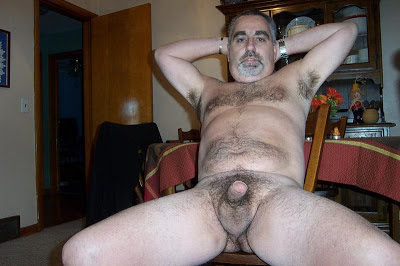 hair chest daddy - gay fat bears - gay bears hairy