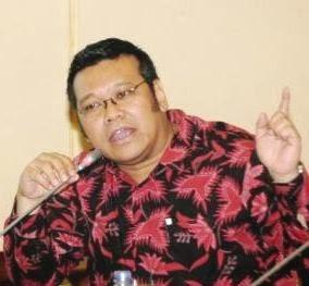 Ir Eriko Sotarduga Binsar Pahalatua Sitorus. Direktur PT Tri Teknik Kalimantan Abadi (hutan tanaman industri) Balikpapan, PT Dwi Mekar Persada (perkebunan) Balikpapan, PT Manajemen Bahan Bakar Andalan Jakarta.