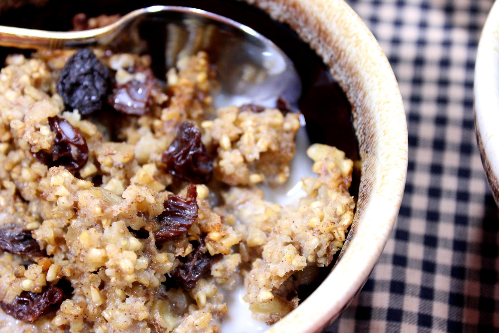 Baked Steel Cut Oatmeal with Bananas, Walnuts and Raisins Recipe