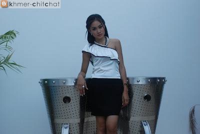 Sariy Sackana Khmer Karaok