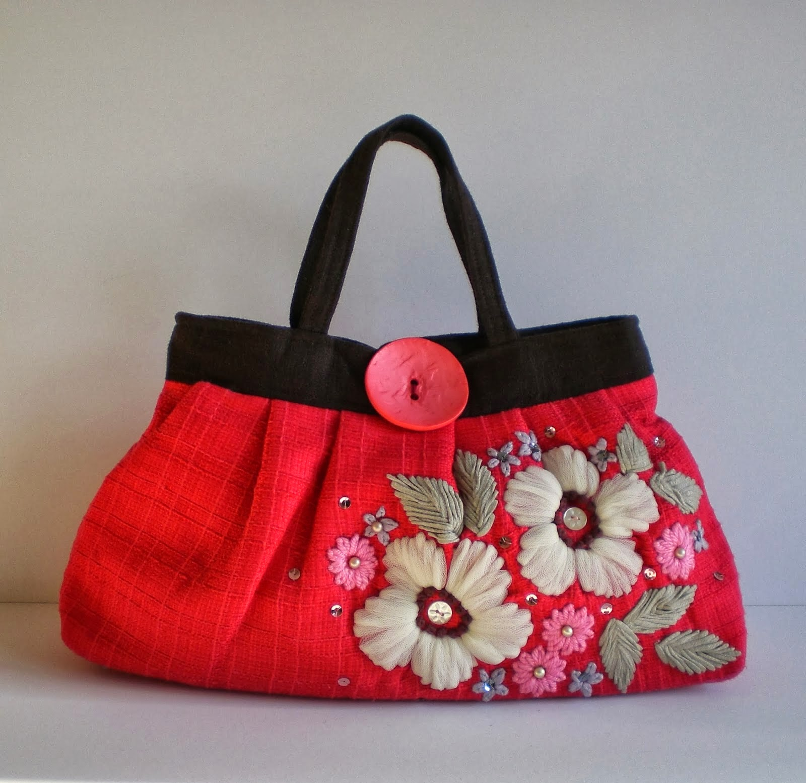 Latest Hand Made Bags For Young Girls And Women