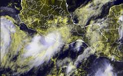 """Alerta por lluvias en Guerrero, Oaxaca y Michoacán por """"Max"""""""