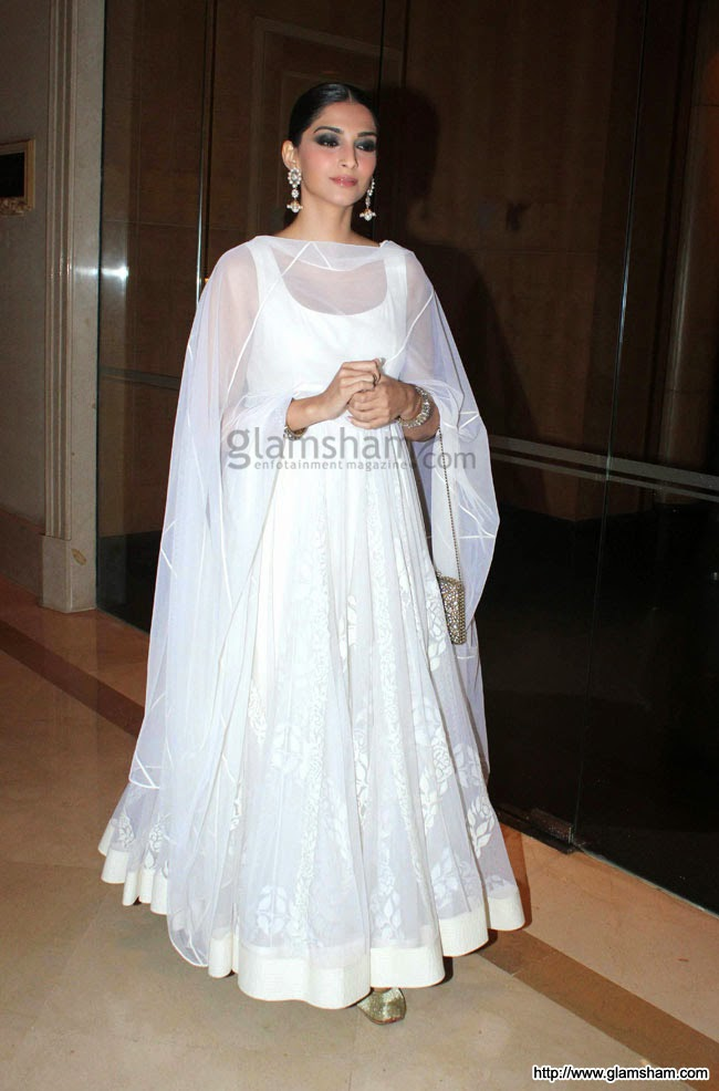 sonam kapoor in white Anarkali suit