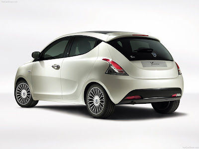 Lancia-Ypsilon 2012 1280x960 wallpaper 03