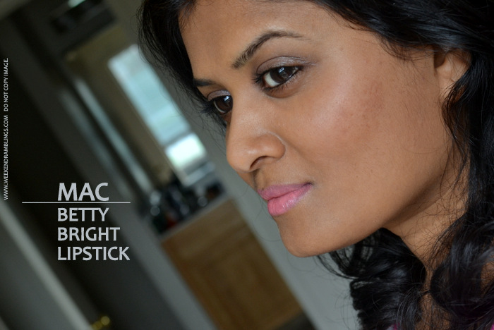 MAC Pink Coral Lipstick Betty Bright Archies Girls Makeup Collection Review Photos Swatches FOTD Looks Indian Darker Skin Beauty Blog Ingredients