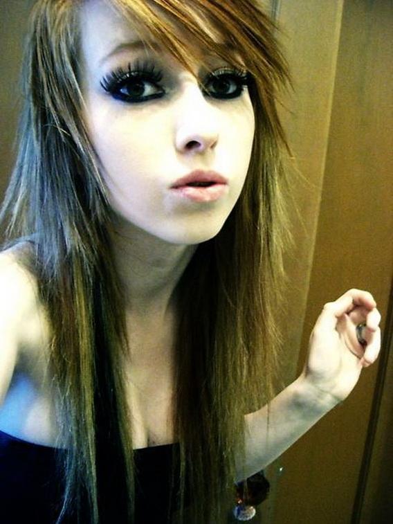 Medium Emo Hairstyles Long Emo Haircuts For Girls