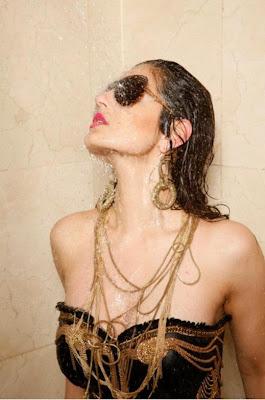 hot and wet gogeous Amisha patel photoshoot pix