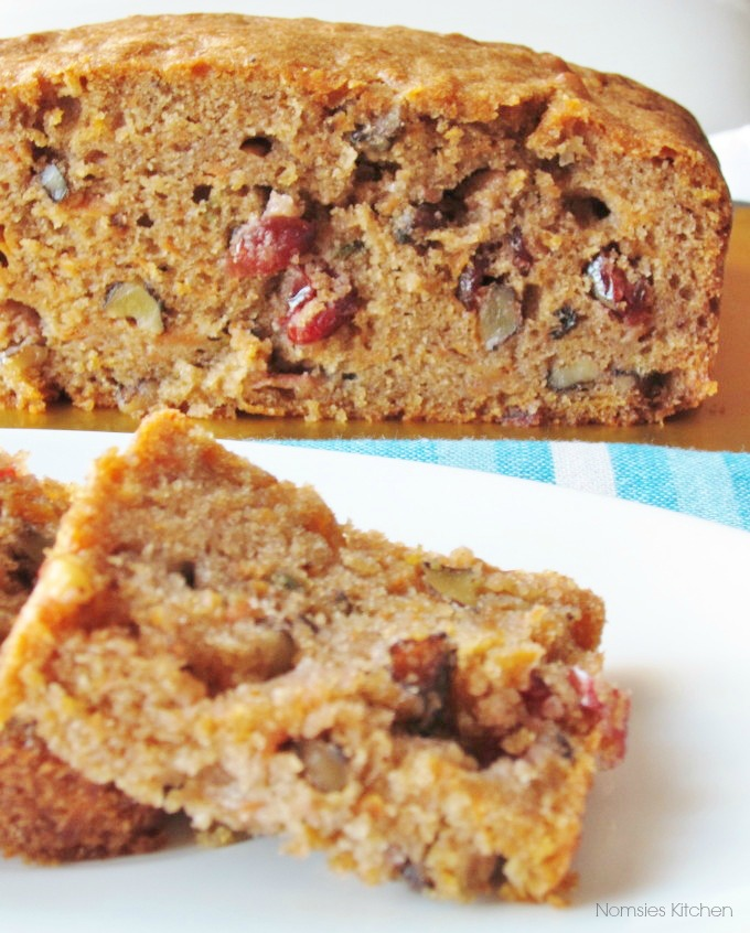 Nomsies Kitchen : Carrot, Cranberry and Walnut Cake
