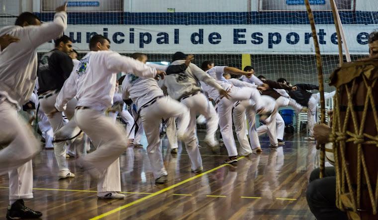 GRUPO CAPOEIRA BRASIL/PARANÁ - FORMADO DUENDE