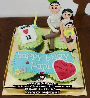 Cupcake Tema Keluarga Untuk Ayah Daerah Surabaya - Sidoarjo