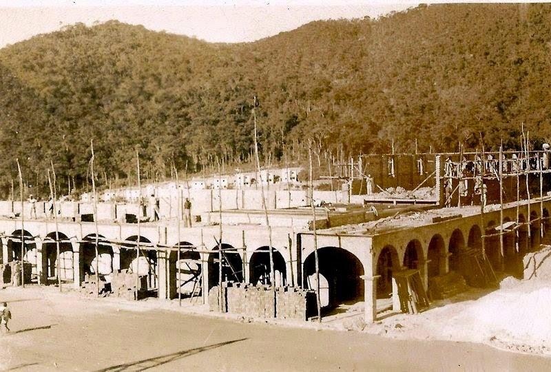 Construção da praça do cinema