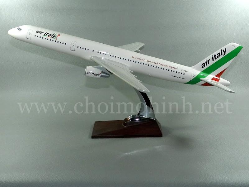 Mô hình máy bay dân dụng Air Italy Boeing 757