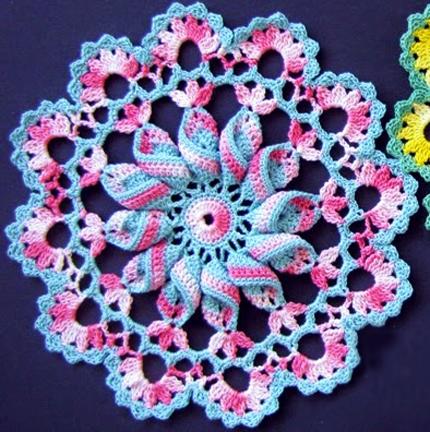 Pretty Pinwheel Doily -  Free Crochet Pattern