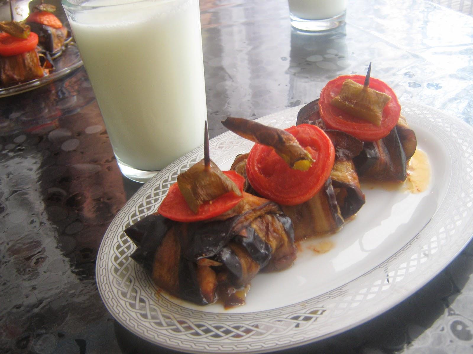 patlıcan kebabı,kürdan kebabı,islim kebabı,tavuklu patlıcan sarma,tavuklu islim kebabı,kabap,tavuklu kürdan kebabı