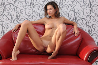 Hot Girl Naked - rs-test-68_MetArt_Sculpte_Suzanna-A_by_Goncharov_high_0012-727369.jpg