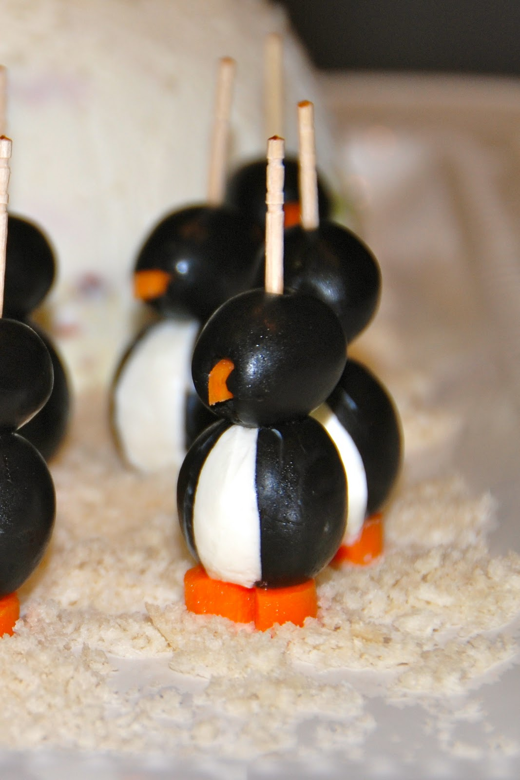 Copper Lantern Cooking: CREAM CHEESE PENGUIN APPETIZER