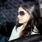 Shamita Shetty Visits Shilpa Shetty in Hospital Pics