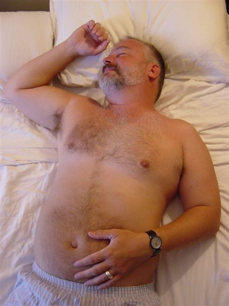 sleepin dad - sexy daddy bears -  cute daddy bears