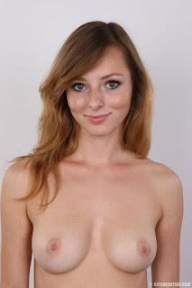 cute girl - rs-11-799134.jpg