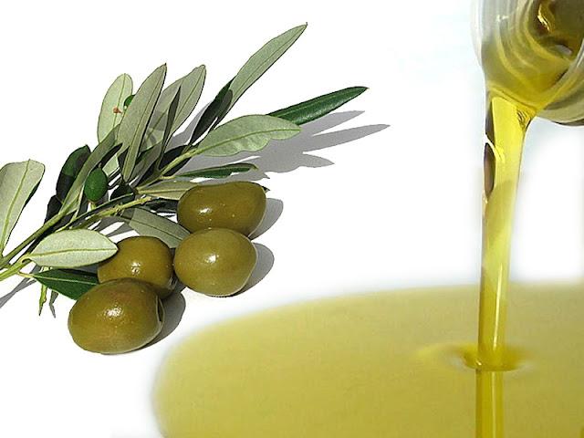 olio di oliva, oli vegetali per la cura dei capelli, capelli secchi e sfibrati