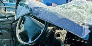 Kronologi Kecelakaan Maut Istri Yudi Latif