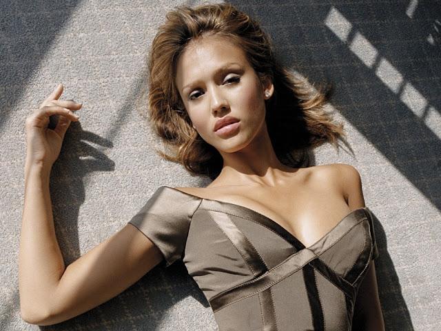 Sexy Jessica Alba Wallpapers