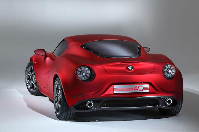 Alfa Romeo 4C Concept back