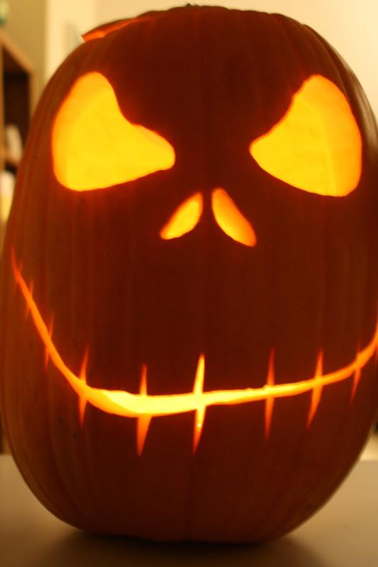 Pumpkin face glow