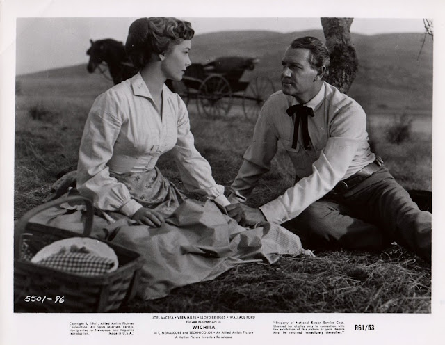 Movie still from the 1955 movie Wichita