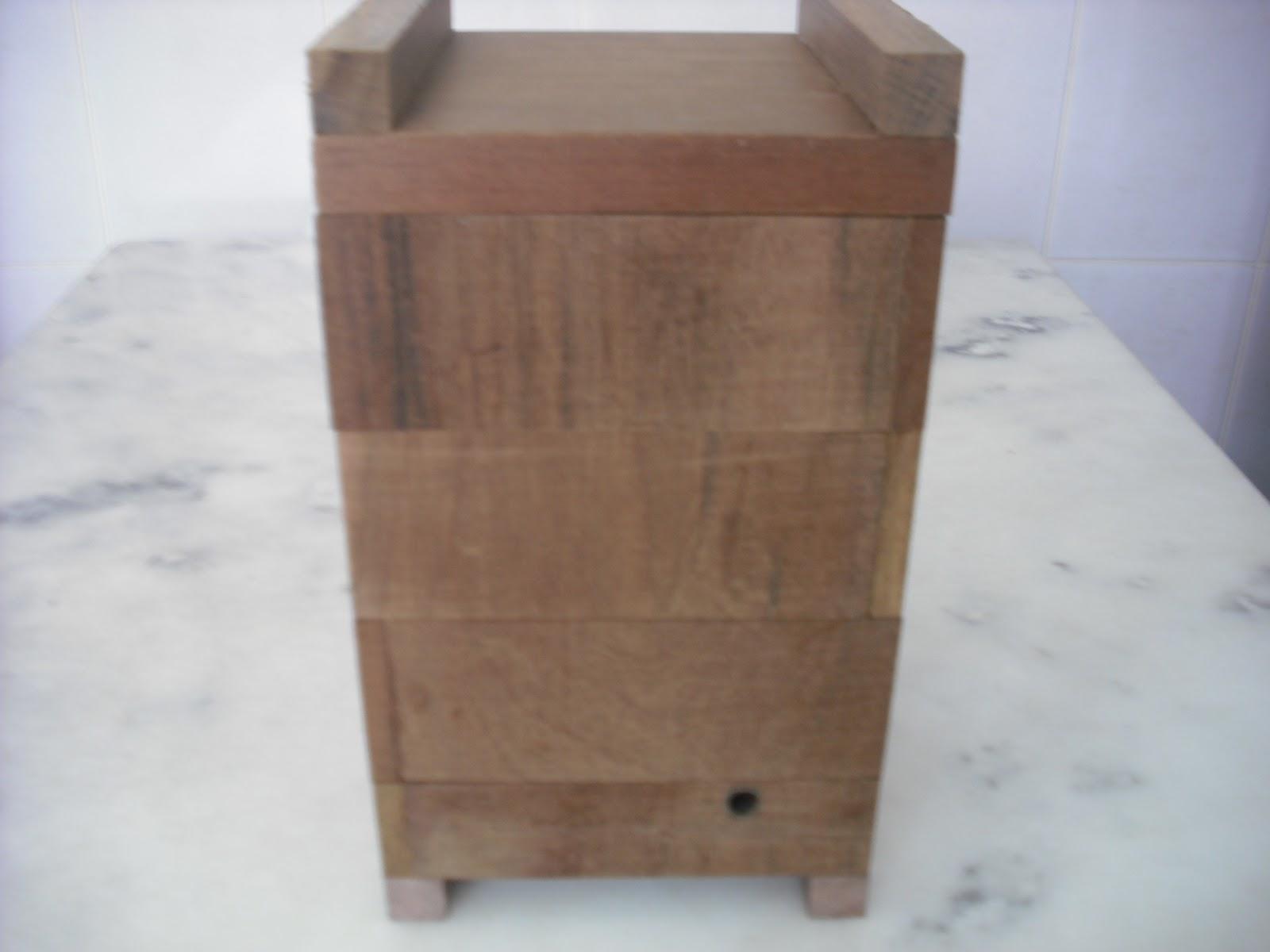 Meliponario Pivoto: Caixas pre montadas ( muito facil !!! ) #694F41 1600x1200