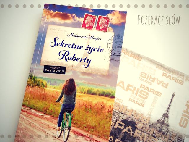 książka, pocztówka, Paryż