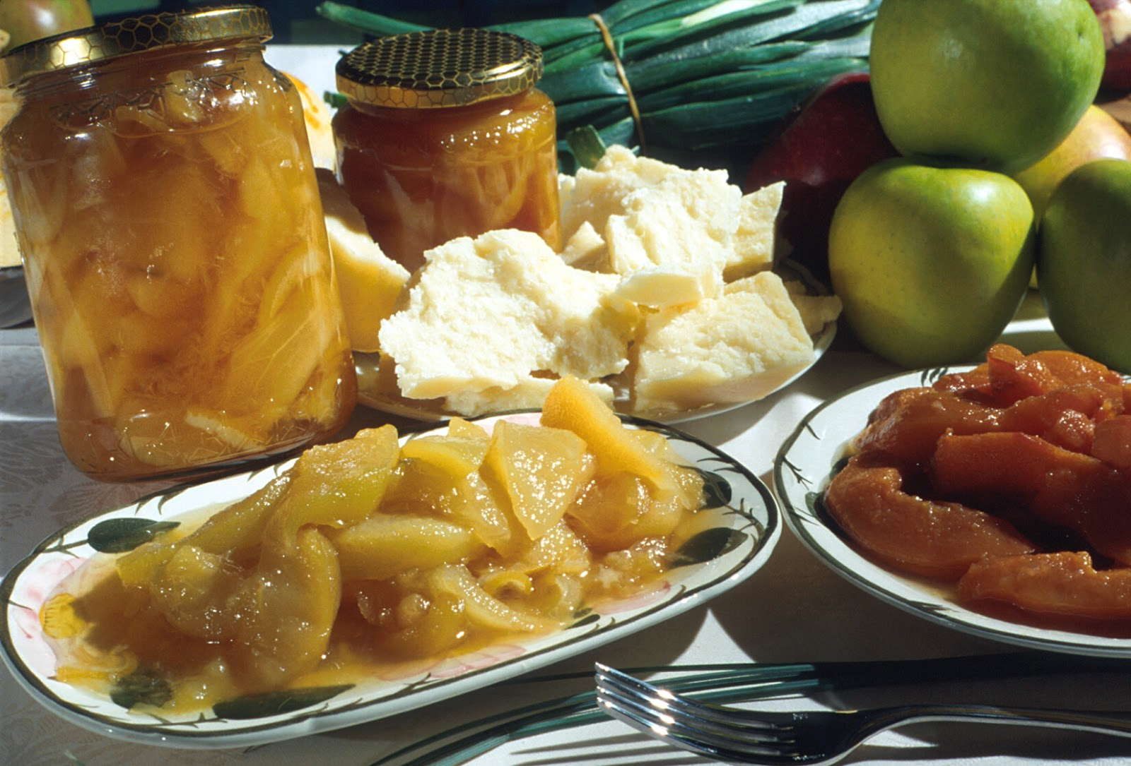 Around the news rediscover italy quando il viaggio parte for Mostarda di mele mantovana