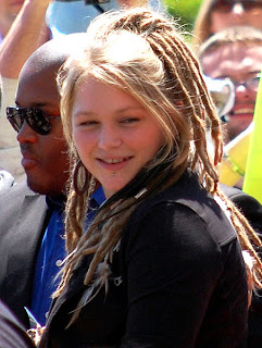 Crystal Bowersox Hairstyles - Celebrity hairstyle Ideas for Girls