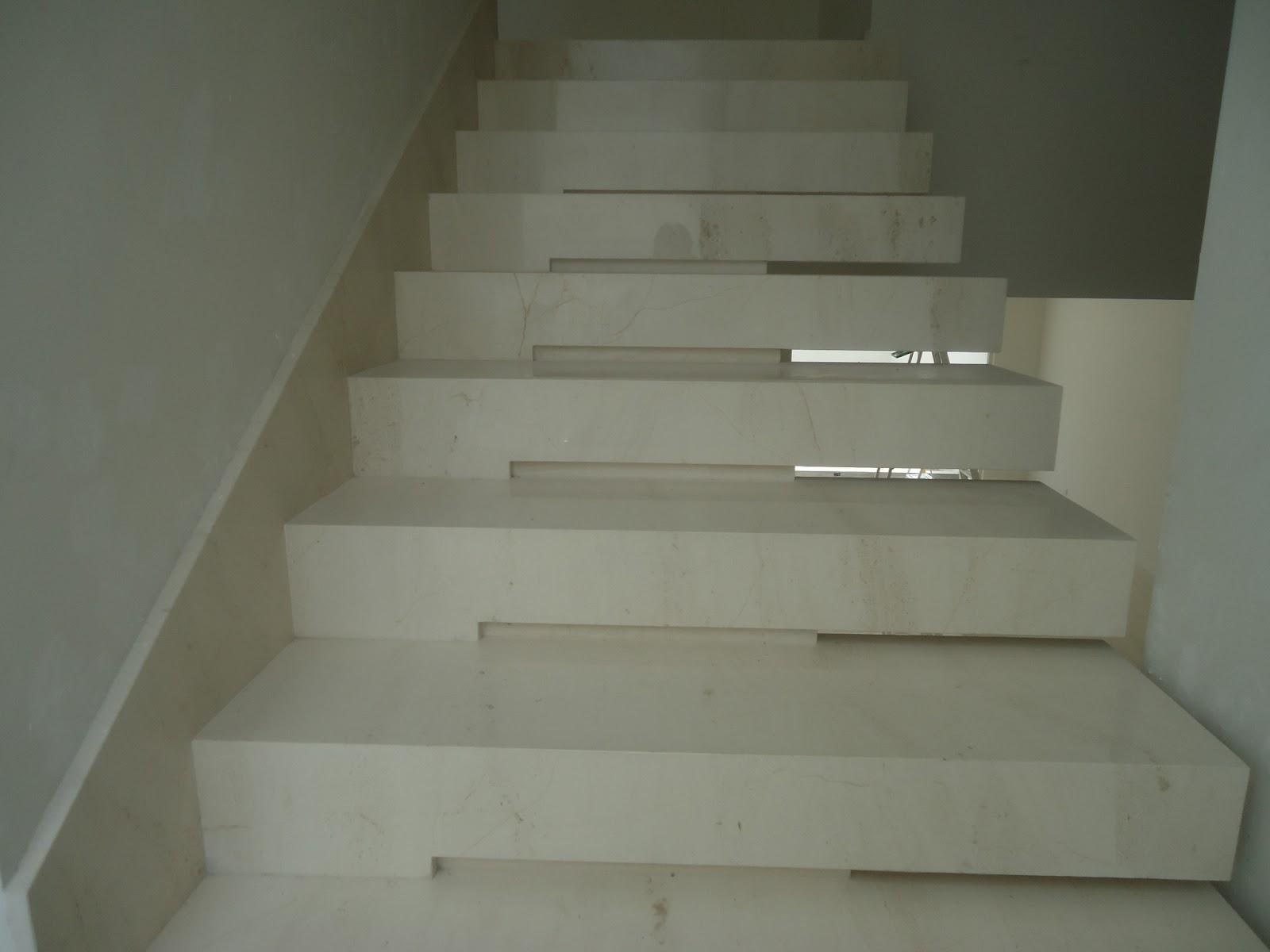 Fabricaci n pisos fachadas y cocinas escaleras m rmol y for Escaleras de marmol y granito
