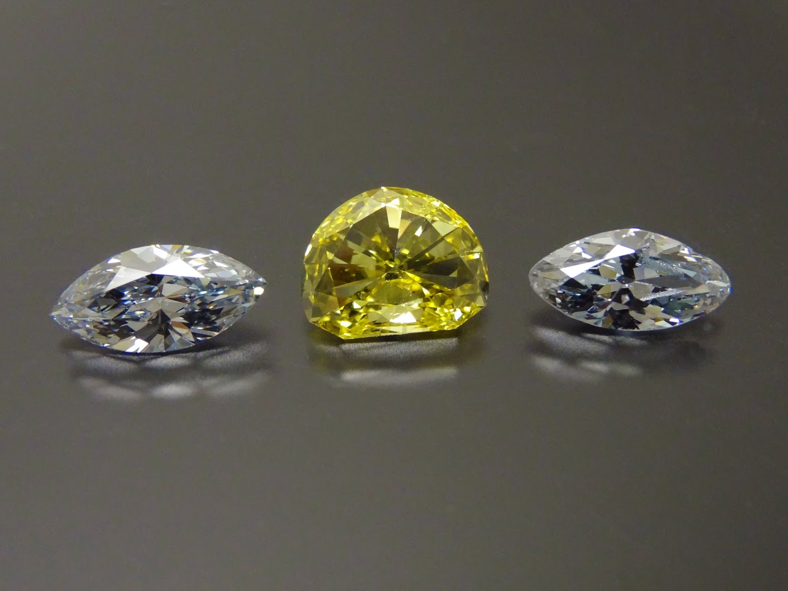 vs cushion light diamond thumb vivid faint fluorescence yellow forum cut post topic help ashoka fancy