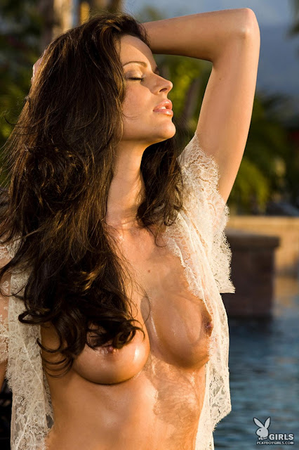 Beth Williams Nude Photo Gallery