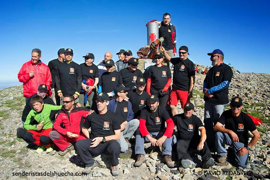 Senderistas de la Huecha Moncayo Pico de San Miguel