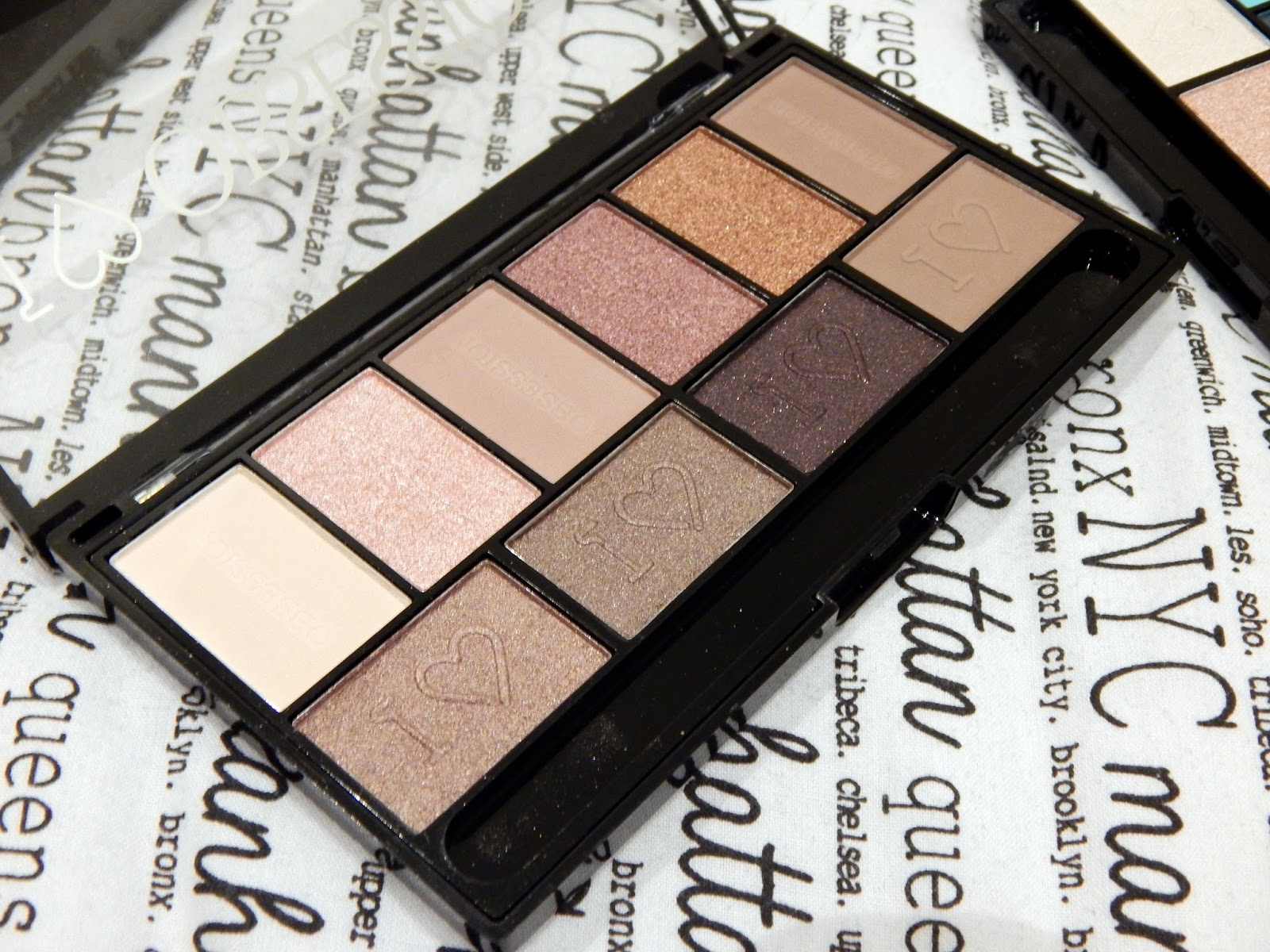 I Heart Makeup I Heart Obsession palette -Pure Cult -£3.99