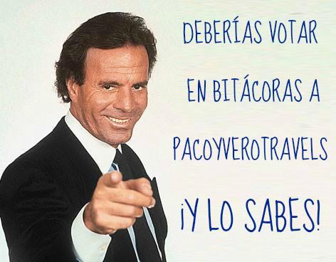 Julio animando al personal a votar a Pacoyverotravels