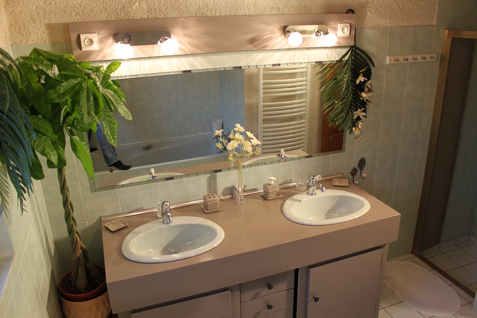 Loc 39 medoc maison de charme parempuyre aux portes du m doc salles de bain lingerie - Lingerie salle de bain ...
