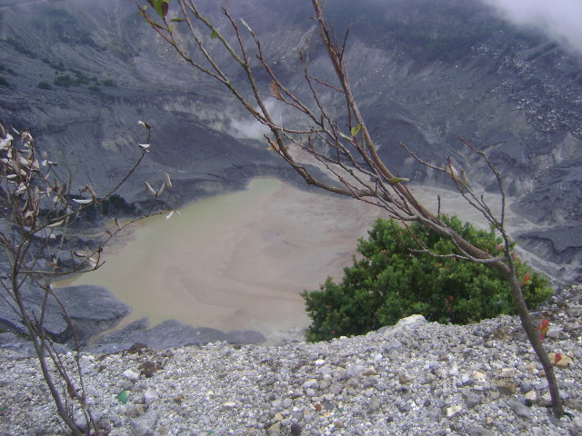 kawah tangkuban parahu