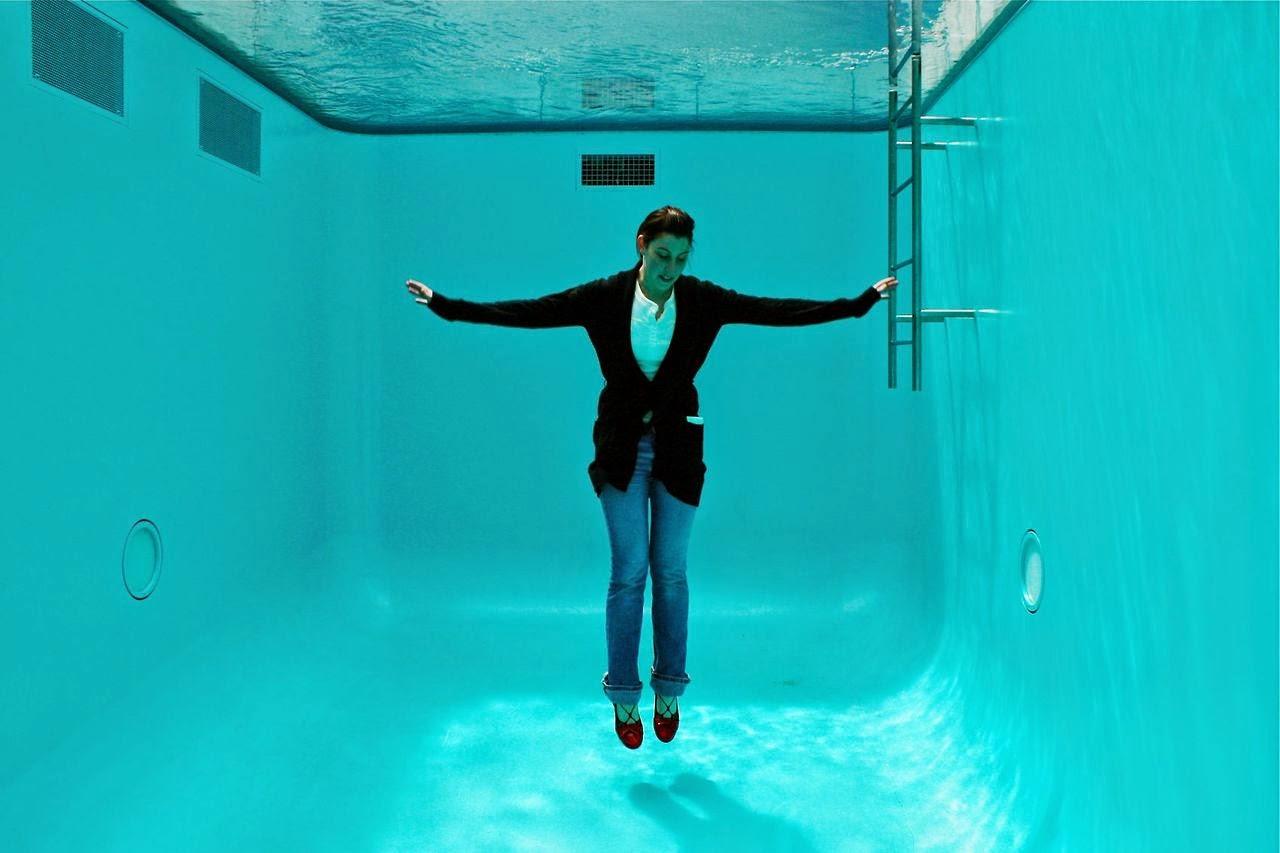 Curiosidades piscina onde se pode respirar embaixo d 39 gua for Piscina 29 de abril telefono